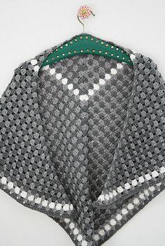 Handmade NL: Haakpatroon omslagdoek
