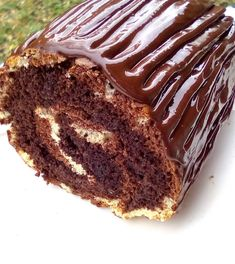 Χριστουγεννιάτικος κορμός σοκολάτας με γλάσο Dear Santa, Desserts, Food, Tailgate Desserts, Deserts, Essen, Postres, Meals, Dessert