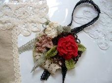 画像1: バラとお花とレースのバックチャーム (1)