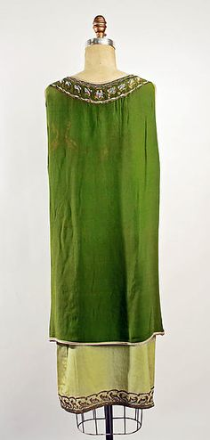 Dress (image 2 - back) | Callot Soeurs | French | 1925 | silk | Metropolitan Museum of Art | Accession Number: 44.95.2a, b