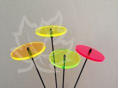 LiLau® Minis - Sonnenfänger -  entfaltet auch im Innenbereich seine volle Leuchtkraft. Durch sein Mini-Format eignet er sich besonders gut für Vase und Topf. 1 Stck mit Stab - 4,50