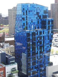 Blue House in NYC - Architecture