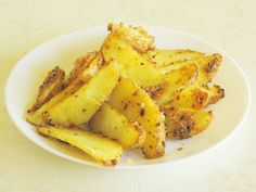 Patatas crujientes al horno: una saludable alternativa a las patatas fritas  #patatas #recetasana #patatasalhorno #patatasdeluxe #recetariosano