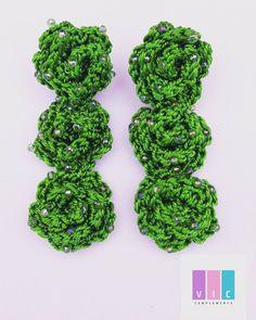 """3 Me gusta, 0 comentarios - VicComplements (@viccomplements) en Instagram: """"Aretes tejidos tres flores. Los consigues aqui: @viccomplements Escribenos a nuestro whatsapp 📲…"""" Crochet Earrings, Herbs, Jewelry, Instagram, Fashion, Stud Earrings, Tejidos, Flowers, Moda"""