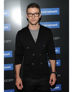 Justin Timberlake: cardigan with interesting detail