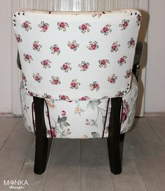 Roses Armchairs, Vanity Bench, Diaper Bag, Roses, Furniture, Home Decor, Wing Chairs, Couches, Decoration Home