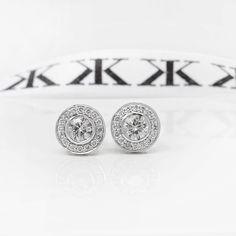 Diamond halo earrings  #bykalfinjewellery #custommade #diamondjewellery #jewellers #cbdjewellers #earrings #collinsst #diamondringsmelbourne #engagementringsmelbourne #customdesign #cityjeweller #bestdiamonds #bestjeweller #weddingrings #gentsring #giftidea #mothersday #melbourne  www.kalfin.com.au