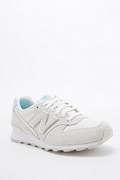 New Balance 996 Runner Trainers in White - Urban Outfitters