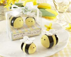 Honeybee Salt & Pepper Shakers as practical baby shower favors as low as $3.39, baby shower decorations