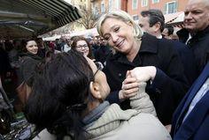 Le Pen kampanjoimassa Nizzassa helmikuussa.