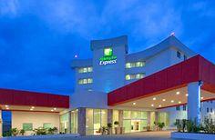 Hotel Holiday Inn Express, Tapachula - En la nueva zona comercial y residencial, al lado de Plaza Galerías y a 15 min del Aeropuerto.