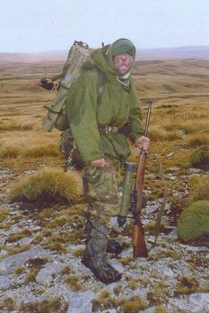 A Royal Marine sniper,Falklands war 1982, pin by Paolo Marzioli