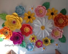 Garden Rose paper flower backdrop/Paper di SydneyPaperFlowers