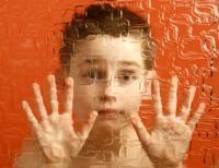 Breve explicación del autismo.  http://www.webconsultas.com/autismo/autismo-435