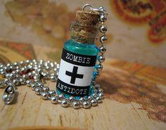 Zombie Antidote 1ml Glass Bottle Necklace - Walking Dead Virus Antivirus Cure…