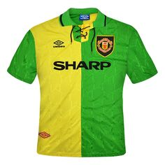 Throwback to the Newton Heath kit. Manchester United's Third by Umbro. Those Laces! Classic Football Shirts, Vintage Football Shirts, Retro Shirts, Manchester United Legends, Manchester United Football, British Football, Jersey Atletico Madrid, Shirts