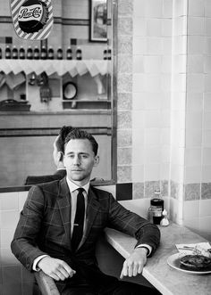 Tom Hiddleston is many things: beloved Marvel villain Loki, James Bond short-lister, 'Night Manager' leading man, and Taylor Swift ex. Taffy Brodesser-Akner visited London to absorb his English charm—and find out why Hiddleswift Hiddlesplit. Tom Hiddleston 2017, Tom Hiddleston Gentleman, Tom Hiddleston Quotes, Tom Hiddleston Night Manager, Loki Meme, Loki Laufeyson, Loki Thor, Sebastian Stan, Taylor Swift Ex