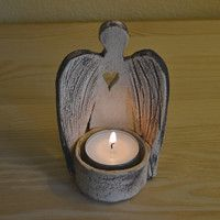 bienes de la inspiración minorista-Renata / mercancías | Fler.cz Clay Crafts, Arts And Crafts, Ceramic Angels, Hand Built Pottery, Crafts To Make And Sell, Garden Ornaments, Candle Sconces, Candle Holders, Sculpture