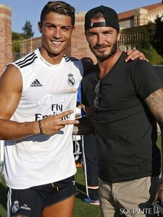 Real Madrid soccer star Cristiano Ronaldo leaving The Beverly Hills Hotel in Beverly Hills, California with his fellow teammates on July (& hottie David Beckham) Cristiano Ronaldo Cr7, David Beckham, Fifa Football, Football Memes, Alabama Football, Good Soccer Players, Football Players, Real Madrid Training, Cr7 Wallpapers