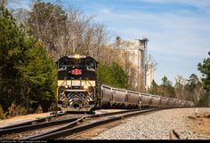 RailPictures.Net Photo: NS 1065 Norfolk Southern EMD SD70ACe at Baldwin, Georgia by Jordan Hood