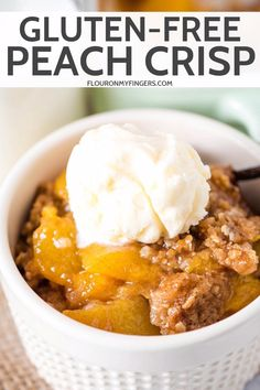 Bake up the best ever gluten-free peach crisp with fresh peaches and a crispy oatmeal topping thats out of this world delicious with vanilla ice cream. The post The Best Gluten-Free Peach Crisp Recipe appeared first on Dessert Park. Gluten Free Deserts, Gluten Free Sweets, Gluten Free Baking, Gluten Free Peach Crisp, Gluten Free Peach Cobbler, Peach Oatmeal, Peach Crumble, Gluten Free Recipes Videos, Fresh Peach Pie