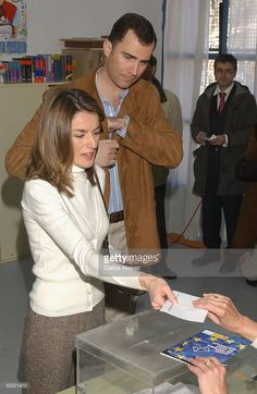 Spanish royalty, Crown Prince Felipe and Princess Letizia vote in the European Constitution referendum at 'Monte de el Pardo' school on February 20, 2005 in El Pardo, Madrid, Spain.
