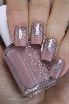 Hey Dolls! I have a Holiday Holo Glitter Gradient to share with you today. I picked up Essie Lady Like the other day (she's been on ...