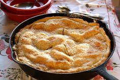 37 - Skillet Apple Pie - Saving Room for Dessert Iron Skillet Recipes, Skillet Meals, Skillet Cooking, Apple Pie Recipes, Sweet Recipes, Just Desserts, Dessert Recipes, Apple Desserts, Most Delicious Recipe