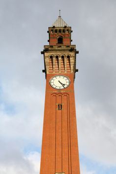 'Old Joe', the clock tower at the University of Birmingham. Birmingham University, Tower Clock, Unique Clocks, Birmingham England, Interesting Buildings, England And Scotland, West Midlands, Big Ben, Wales