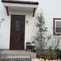 玄関ガーデン/植物/フレンチナチュラル/ガーデニング/寄せ植え/花のある暮らし…などのインテリア実例 - 2015-04-08 15:37:06   RoomClip(ルームクリップ)