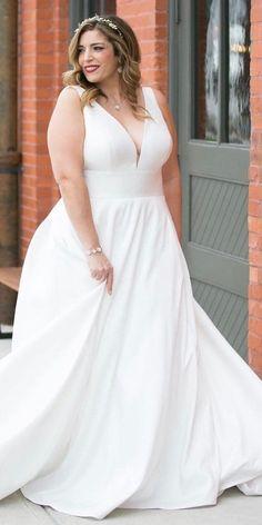 39 Plus-Size Wedding Dresses: A Jaw-Dropping Guide ❤  plus size wedding dresses simple v neckline sleveless stella york #weddingforward #wedding #bride
