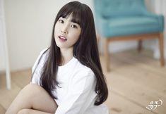 Gfriend Album, Gfriend Yuju, See Through Bangs, Soul Songs, Cloud Dancer, Brown Eyed Girls, Popular Girl, G Friend