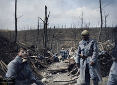 Here is a collection of 29 incredible colorized photos showing everyday life of French soldiers from 1914-1918, during World War One. F...