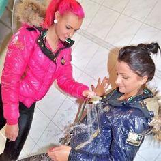 Nylons, Maisie Williams Sophie Turner, Mudding Girls, Pink Puffer Coat, Winter Suit, Womens Wetsuit, Fashion Beauty, Womens Fashion, Rain Wear