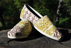 custom tribal TOMS shoes hand painted african by lonechimney, $86.00