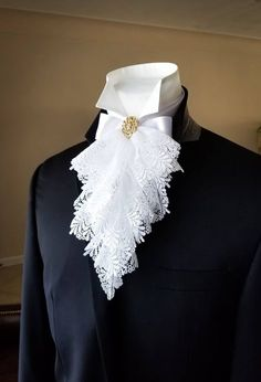 Rococo Fashion, Victorian Fashion, Fashion Goth, Fashion Men, Victorian Outfits, Victorian Gothic, Gothic Lolita, 18th Century Clothing, 18th Century Fashion