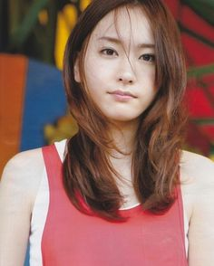 No one can refuse her smile, Japanese actress Yui Aragaki. Gentle and sweet is very popular in Japan! - Page 23 of 35 - slleee Japanese Beauty, Asian Beauty, Cute Girls, Cool Girl, Beautiful People, Beautiful Women, Girl Artist, Japan Girl, Japan Fashion