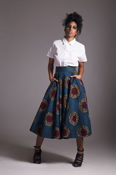 For this autumn-winter season, Ebony City offers us a collection with colors . African Inspired Fashion, African Print Fashion, Africa Fashion, Ethnic Fashion, Ankara Fashion, Fashion Skirts, African Attire, African Wear, African Dress