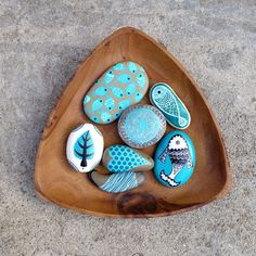 painted stones..airbrush ink...ZEUSTONES atelier
