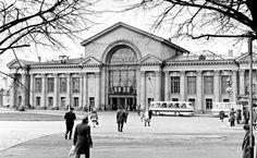 A picture of Vyborg;s train station heads an article entitled 'Sellanen ol' Viipuri, venäläisten kaupunki' ('Here's to old Viipuri, a Russian city') a review of 'Viipurin kadotetut vuodet 1940-1990' ('Viipuri's Lost Years 1940-1990) - Helsingin Sanomat online 20.6.2013