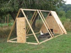 Chicken Coop - 37 Free DIY Duck House / Coop Plans Ideas that You Can Easily Build Building a chicken coop does not have to be tricky nor does it have to set you back a ton of scratch. A Frame Chicken Coop, Chicken Barn, Portable Chicken Coop, Best Chicken Coop, Backyard Chicken Coops, Chicken Coop Plans, Building A Chicken Coop, Chicken Runs, Chicken Houses