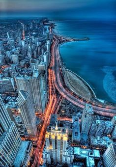 Chicago, Illinois, U. - See Chicago At Night. Lake Shore Drive, I know it well Places Around The World, Oh The Places You'll Go, Places To Travel, Places To Visit, Around The Worlds, Nova Orleans, San Diego, San Francisco, Belle Villa