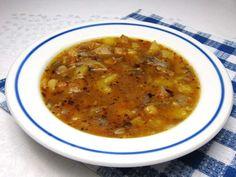 Hlivová polievka ako by dršková Valspar, Vegan Recipes, Food And Drink, Cooking, Ethnic Recipes, Soups, Chair Makeover, Cuisine, Kitchen