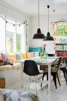 Another scandinavian home design project. Dining Room Inspiration, Home Decor Inspiration, Norwegian House, Sweet Home, Home Goods Decor, Home And Deco, Scandinavian Home, Home Fashion, House Colors