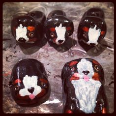 More styles of the Bernese Mountain Dog by request. Sculpey Ultra Light clay and acrylic paints.