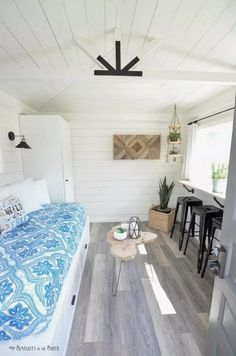 One Room Challenge: The Modern Farmhouse Cottage Guest Shed Reveal. See how a backyard shed was made into a guest house complete with a built-in trundle bed and kitchenette. You should see the before pictures! Guest House Shed, Backyard Guest Houses, Guest Cabin, Backyard Sheds, Shed Into House, Guest Cottage Plans, Guest House Cottage, House Plan With Loft, Backyard Office