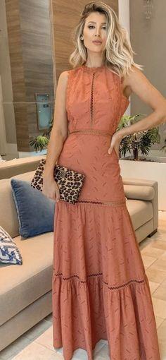 Vestido ferrugem,  terra Simple Long Dress, Boho Floral Maxi Dress, Long Gown Dress, Light Dress, Affordable Dresses, Dress Patterns, Pretty Dresses, Beautiful Outfits, Evening Dresses