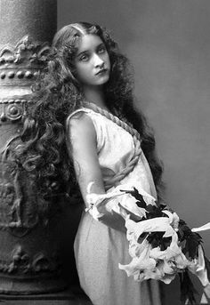 Maude Fealy (1883 -1971) - American Stage and Film Actress.