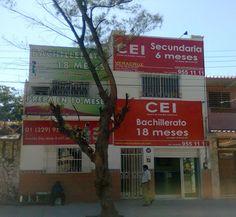"""Nuestro plantel """"Veracruz"""", ubicado en Av. Diaz Mirón Nº 657, entre Azueta y Uribe, Col. Centro, Veracruz, Ver. Tel: 01(229) 955 11 11"""