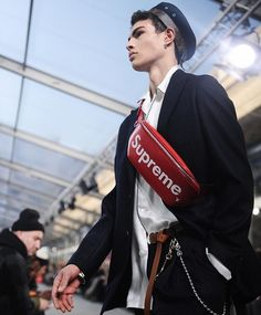 For their fall/winter 2017 men's wear collection @LouisVuitton collaborated with the New York-based streetwear brand Supreme (@supremenewyork). The show was filled with a series of clothes accessories and footwear featuring an eye-catching amalgamation of the brand's iconic logos. Visit our @Instagram Story for more photos from today's show. Photo by Elise Toïdé (@elise_toide).  via NY TIMES STYLE MAGAZINE OFFICIAL INSTAGRAM - Celebrity  Fashion  Haute Couture  Advertising  Culture  Beauty…
